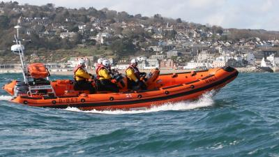COVID-19: RNLI lifeboat volunteers remain on call but May event cancelled